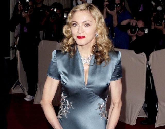 Exclu Public : Cannes 2011 : Madonna remplacera-t-elle Sharon Stone pour présider le gala de charité de l'AmfAR ?