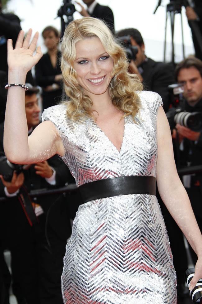 Kiera n'est pas La Comtesse de Hong-Kong, mais celle de Cannes!