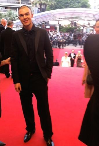 Cannes 2011 : Public présent même sur le tapis rouge !