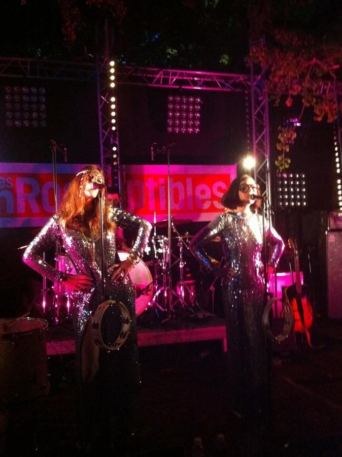 Le concert de Brigitte à la villa des Inrocks : chouettes, les costumes !