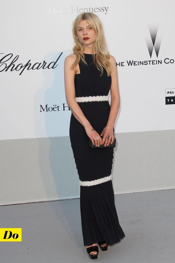 Festival de Cannes 2011 : la robe longue Chanel de Clémence Poésy