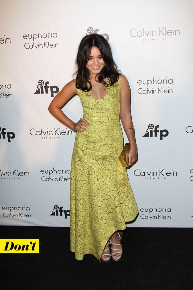 Festival de Cannes 2011 : le look fleuri de Vanessa Hudgens