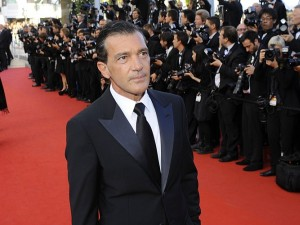 Photos : Cannes 2012 : Antonio Banderas : toujours un playboy !