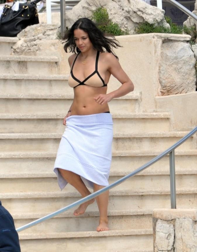 Michelle est prête à se baigner !