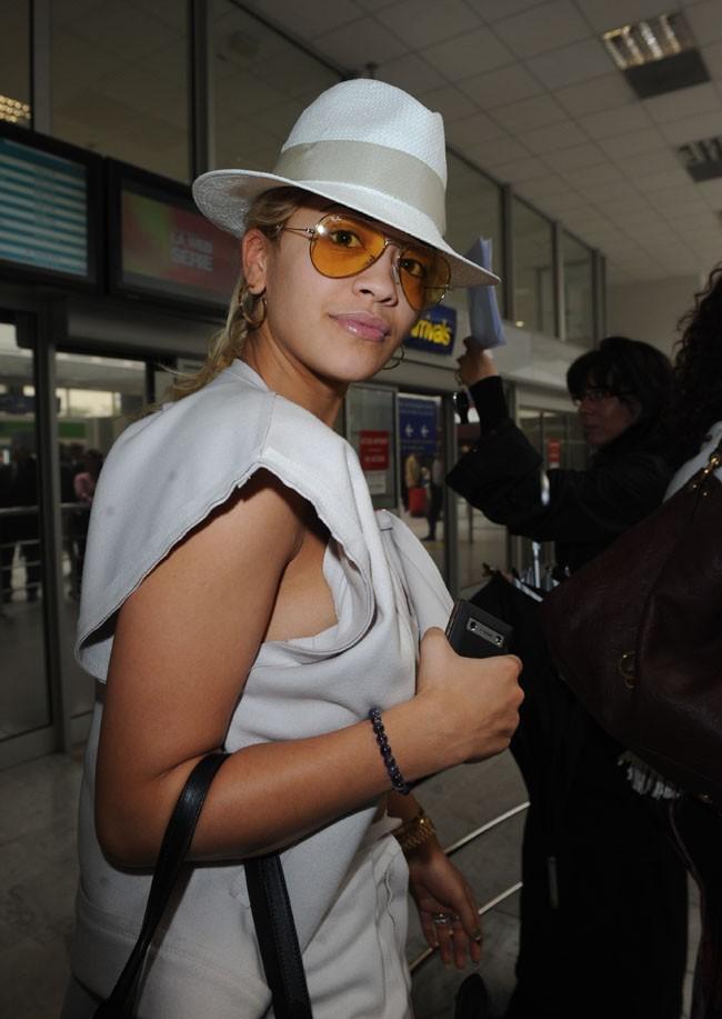 Rita Ora arrive au Festival de Cannes !