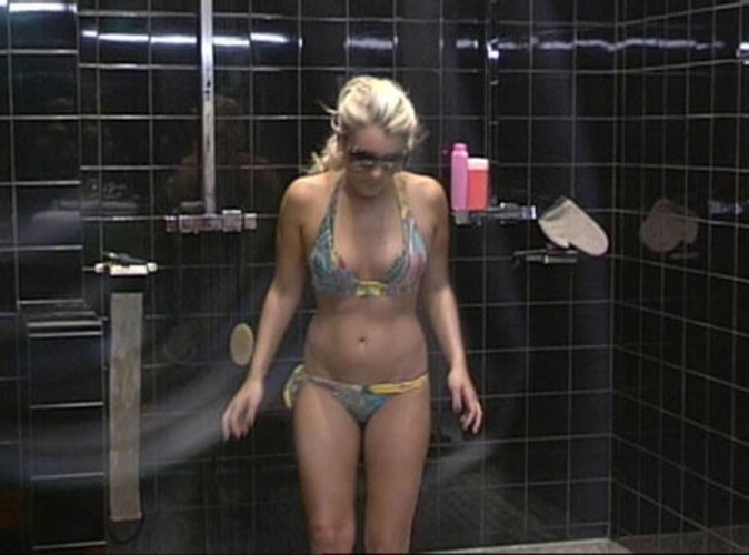 Photos : Carré Viiip : les tops et les flops des Viiip en maillots de bain