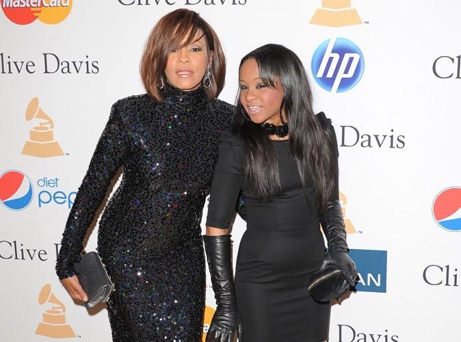 Whitney Houston : la veille de sa mort, sa fille Bobbi Kristina s'était endormie dans une baignoire…