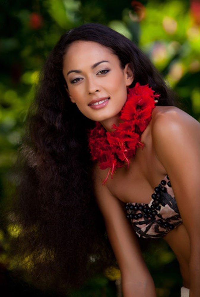 Photos : Miss Tahiti, candidate à Miss France 2012