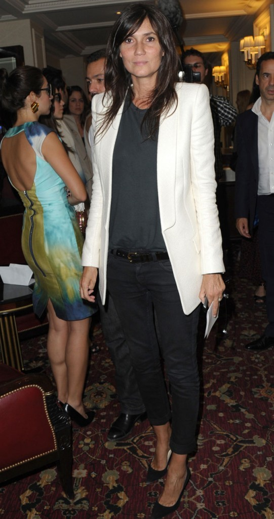 Fashion Week de Paris 2011 : Emmanuelle Alt au défilé Balmain !