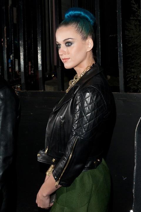 Katy Perry au défilé Yves Saint-Laurent !