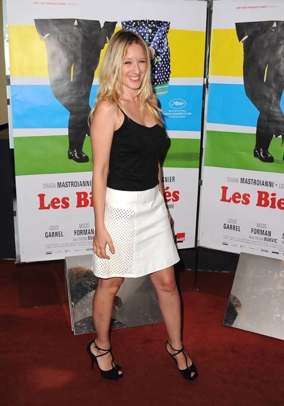 Souvenez-vous, en août dernier Ludivine Sagnier était encore blonde ...