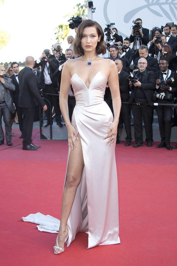Bella Hadid en robe Alexandre Vauthier - Cannes, le 17 mai 2017