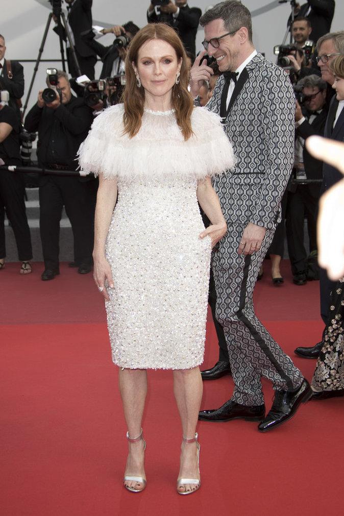 Julianne Moore en robe Chanel - Cannes, le 18 mai 2017