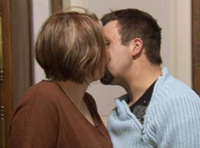 Photos : le bisou de Sylvain et Valérie