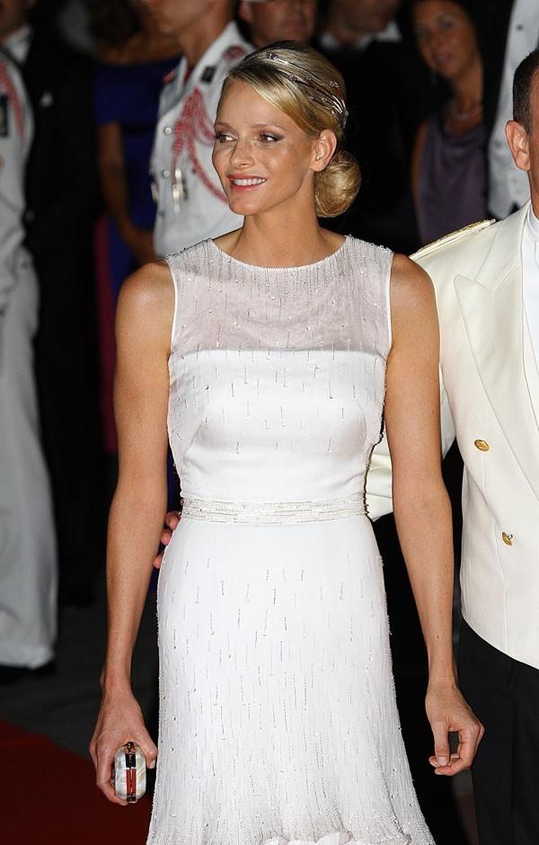 Que pensez-vous de la seconde robe de Charlene ?
