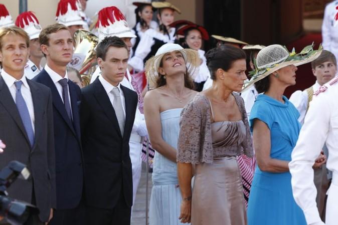 Le vendredi, pour la cérémonie civile, en chapeau de paille !