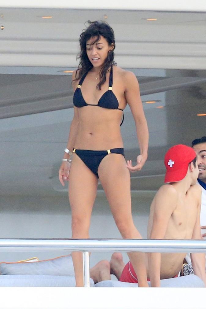 Pe Bikini  Zac Efron Torse Nu    La Temp  Rature Grimpe    Ibiza