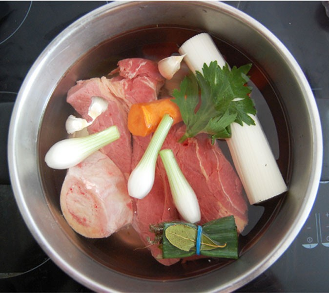 Etape 1 de la recette du pot-au-feu en makis