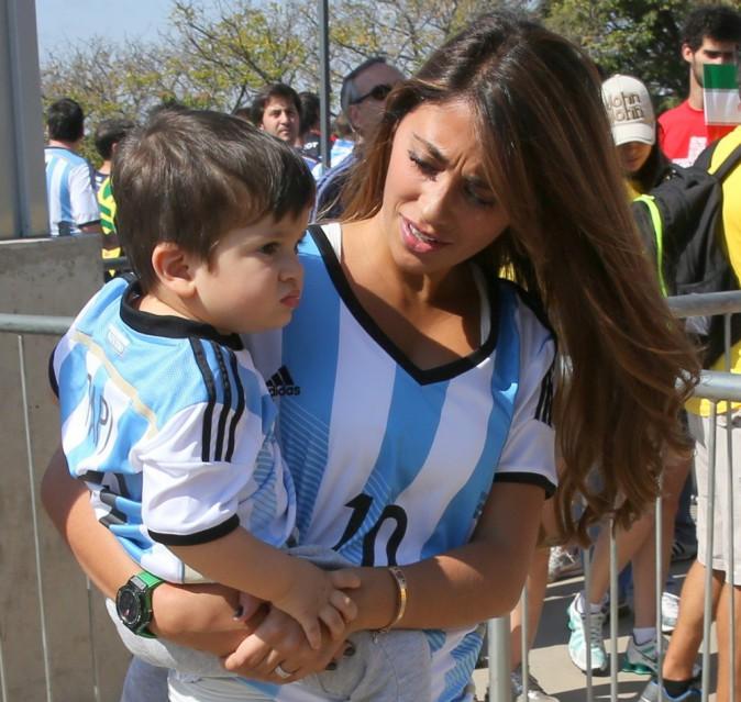 Photos : Mondial 2014: Lionel Messi : sa femme et son baby-boy, aux