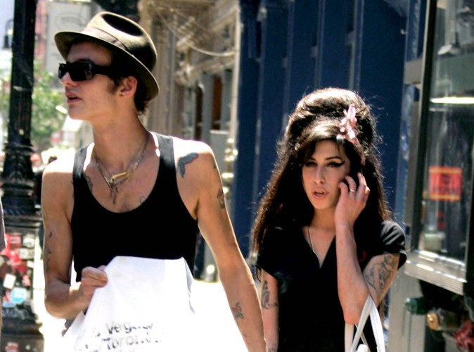 Amy Winehouse : son ex mari Blake Fielder-Civil la rackettait !