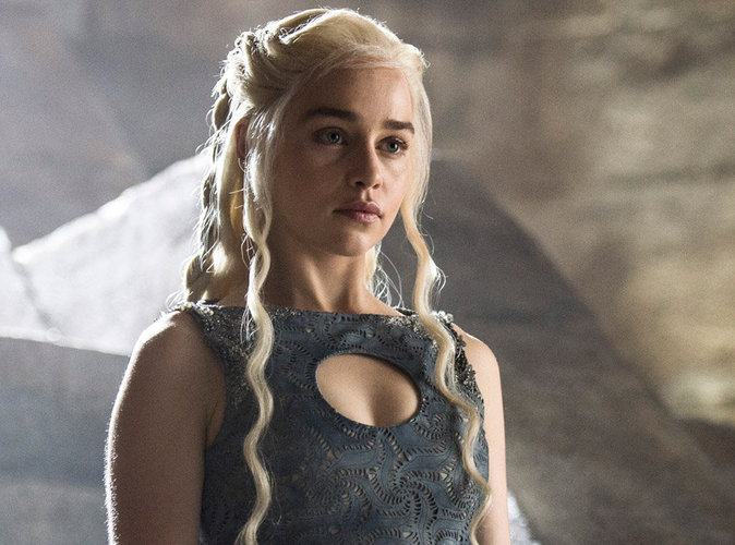Emilia Clarke fait taire les critiques à l'encontre de Game of Thrones