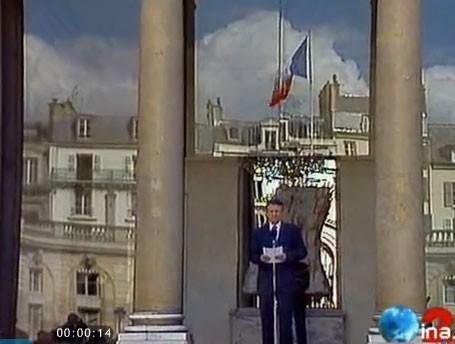 Dominique de Villepin apparaît à la télévision en 1995 sur France 2.