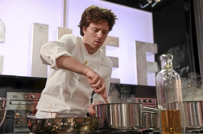 Jean Imbert, le grand gagnant de Top Chef nous ouvre les portes de son restaurant dans le 16ème arrondissement de Paris. Verdict ?
