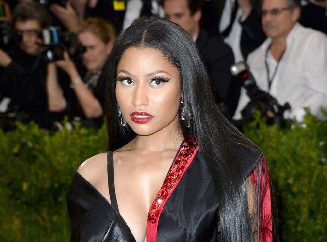 Public Buzz : Nicki Minaj se met à payer les frais de scolarité de ses fans !