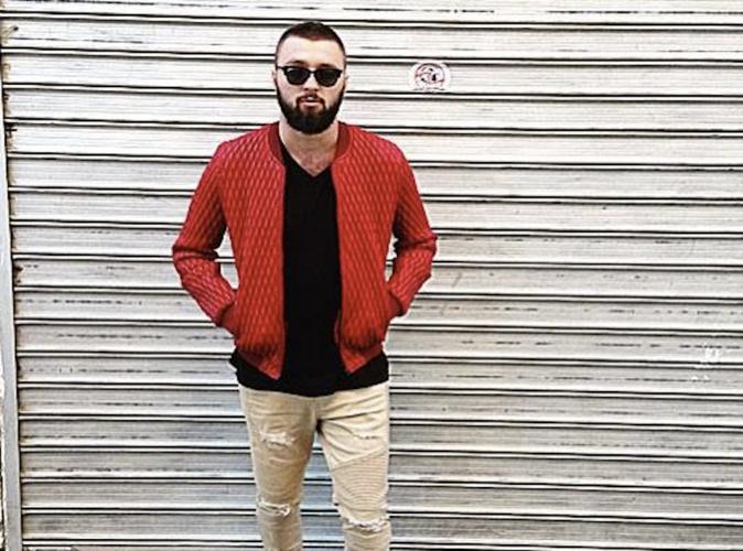"""Public Buzz : Vidéo : Le """"jumeau"""" de Maitre Gims est une star en Albanie !"""