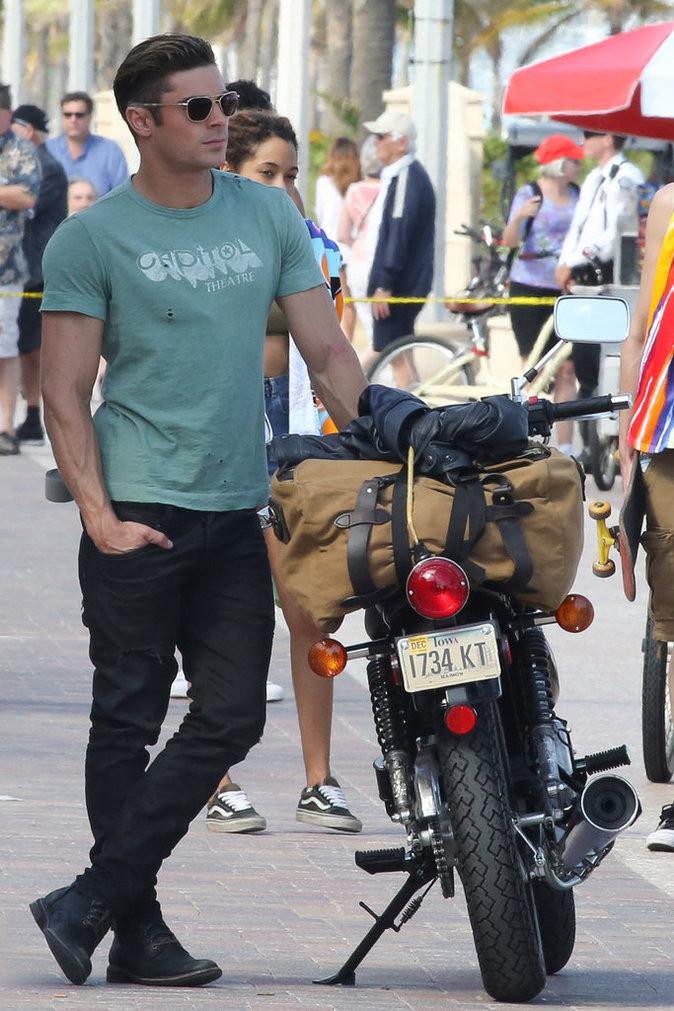 9- Zac Efron sur le tournage de Baywatch