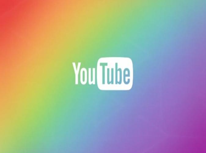 """Youtube : Le réseau social """"supprime"""" les vidéos qui parlent d'homosexualité, la Toile s'enflamme !"""