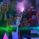 Photos : les filles dansent devant le miroir !