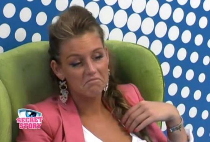 Aurélie essaye de le nier ...
