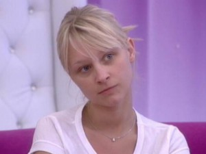 "Secret Story 6 : Virginie : ""J'ai la rage en moi, j'ai la haine ! Au final on se fait dindonner !"""