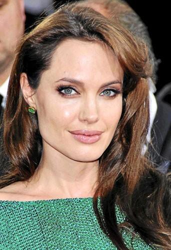 Astuce beauté : les cheveux d'Angelina Jolie