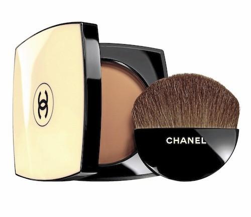 Les beiges, Poudre Belle Mine Naturelle SPF 15, Chanel. 48,50 e