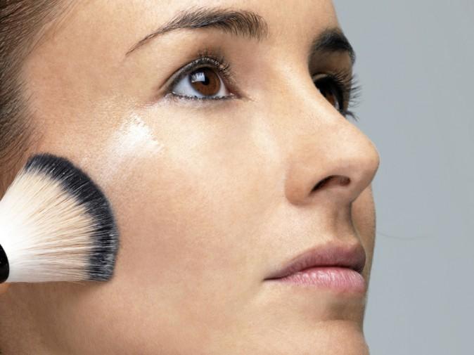 Beauté de stars : reproduisez le même maquillage que Sienna Miller !