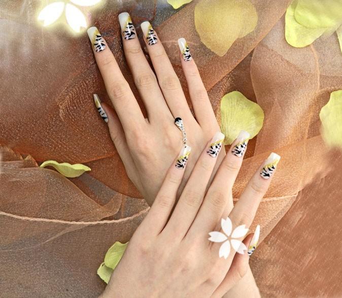 Vernis tendance printemps-été 2011 :  des ongles imprimés chez Minx