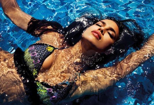 Irina Shayk : Campagne Agua Bendita été 2013.