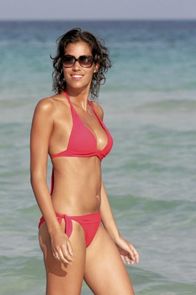 Laurie Cholewa : Incognito en bikini !