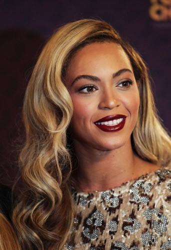 Adoptez un make-up Nude Rock comme Beyoncé !