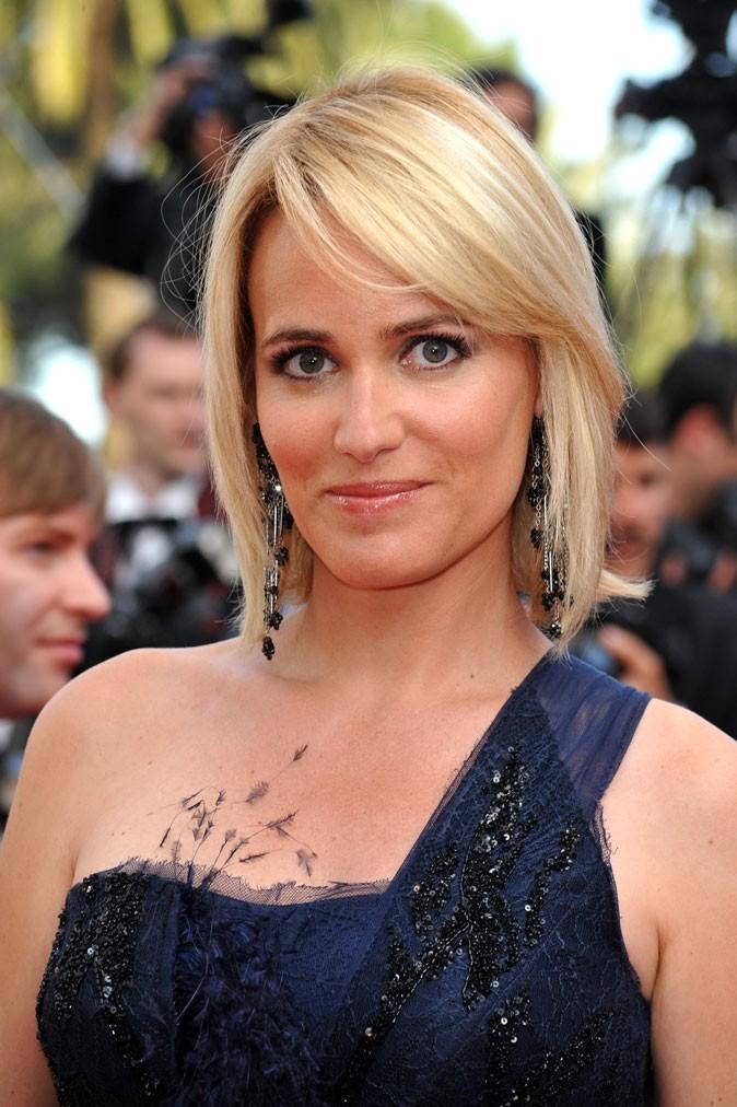 Festival de Cannes 2011 : la coiffure brushing lisse de Judith Godrèche en 2010 !