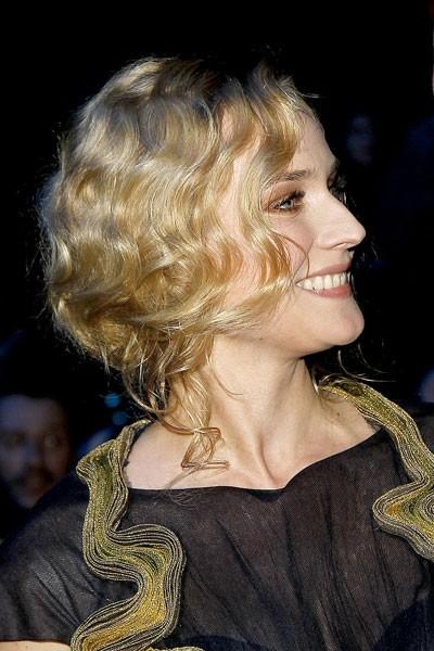 Coiffure César 2011 : le chignon bas de Diane Kruger