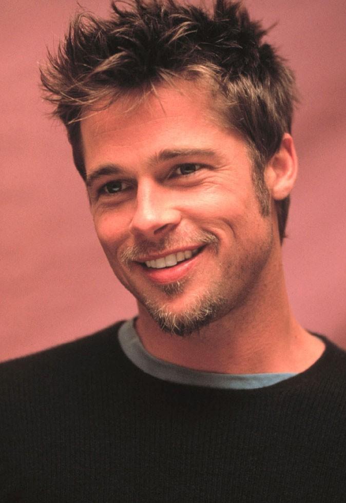 Barbe de Brad Pitt :  un mini-bouc en 1998