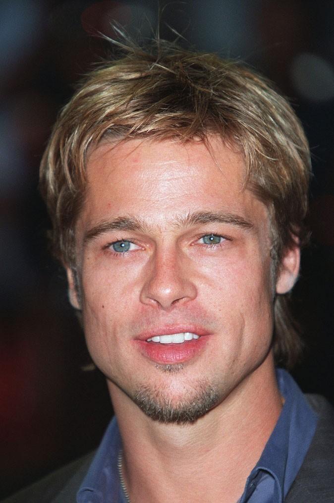 Barbe de Brad Pitt :  un mini-bouc en 2000