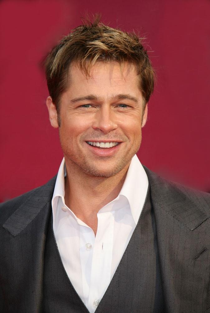 Coiffure de Brad Pitt : des cheveux ébouriffés en 2007