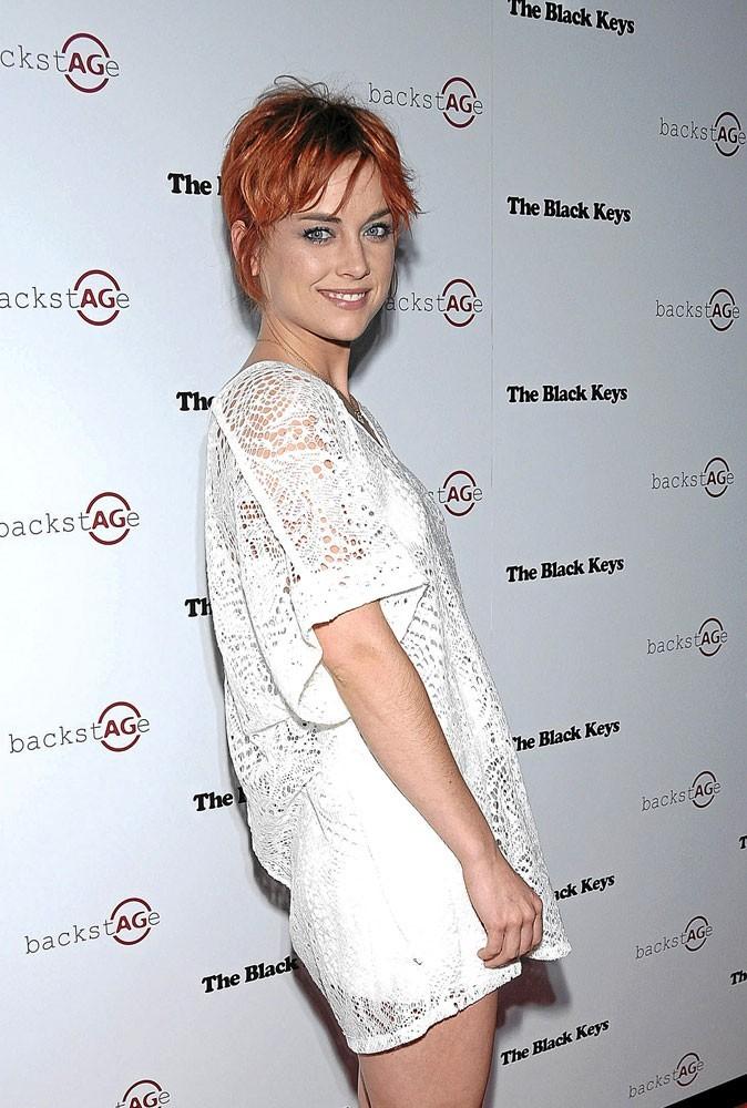 Coiffure de star 2011 : la couleur de Jessica Stroup à éviter