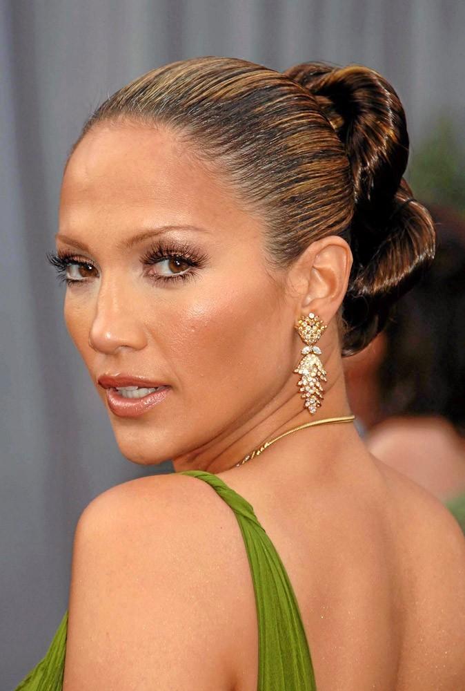 Coiffure de star : la queue de cheval tirée de Jennifer Lopez en 2006 !