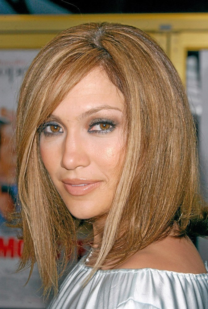 coiffure de star le cv capillaire de jennifer lopez. Black Bedroom Furniture Sets. Home Design Ideas