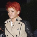 Coiffure de star : la coupe courte sur cheveux rouges de Rihanna en 2011